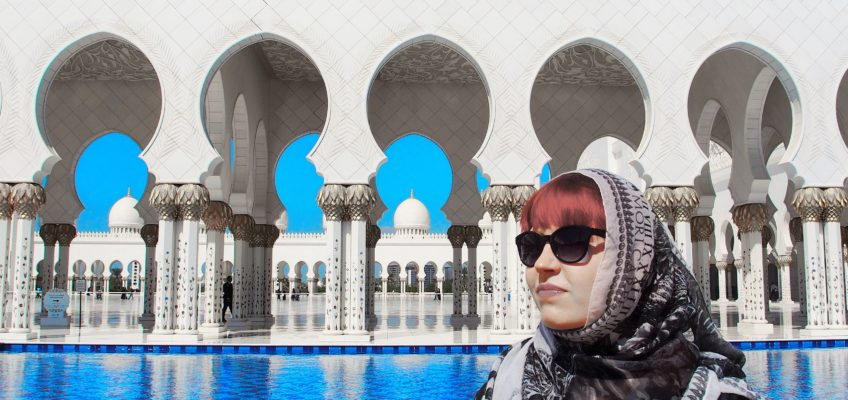 Sheikh Zayed Grand Mosque – Abu Dhabin helmi